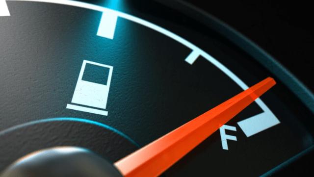 Disminuyen precios de la gasolina