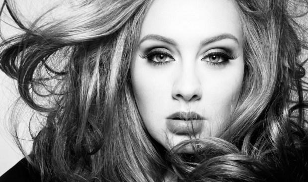 Adele se casó en secreto