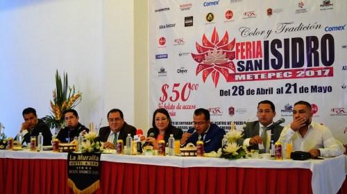 Anuncian cartel de lujo en la Feria de San Isidro en Metepec