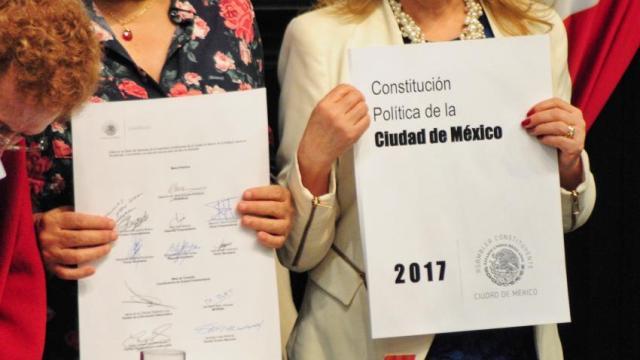 Presenta PGR una acción de inconstitucionalidad contra la constitución de CDMX