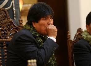 Evo Morales adelanta viaje a Cuba para operarse de la garganta
