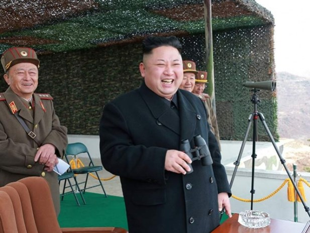 Dice Trump que actuará por su cuenta contra Corea del Norte si China no ayuda
