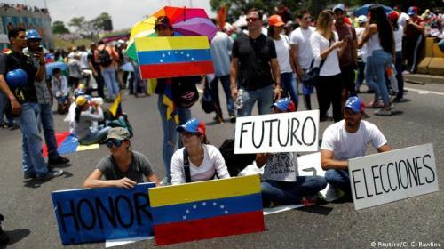 Maduro amenaza con retirar a Venezuela de la OEA