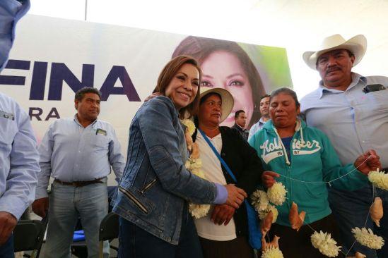 Cada comunidad será una fábrica de empleo dice Josefina
