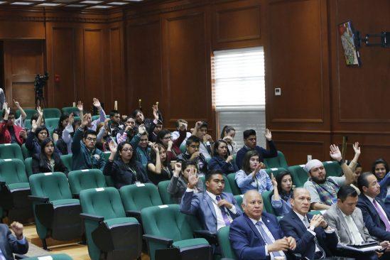 Consejo Universitario reconoce a Jorge Olvera por acuerdo con CONACyT