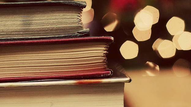 Diez recomendaciones para celebrar el Día del Libro
