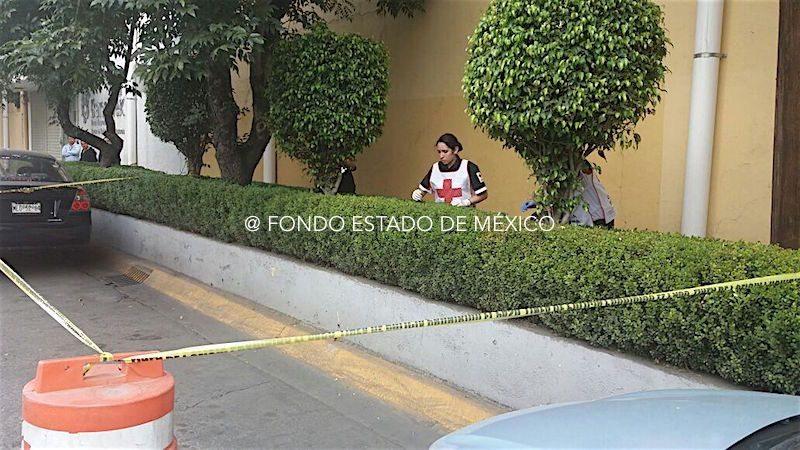 Hallan cuerpo de joven asesinada en residencial de Edomex