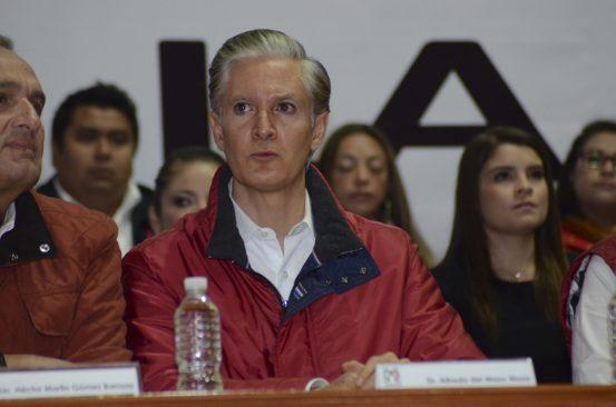 """Alfredo Del Mazo no dio resultados """"fuertes y con Todo"""" en Huixquilucan"""