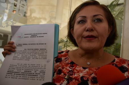 Ingresa solicitud de desafuero de Eva Cadena