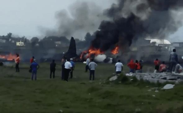 #EnVivo Se desploma aeronave en Toluca; no hay sobrevivientes