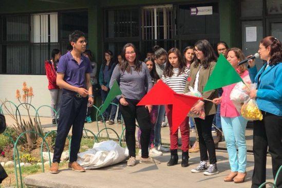 Estudiantes de Prepa 5 realizan campaña de recolección de PET y tapas