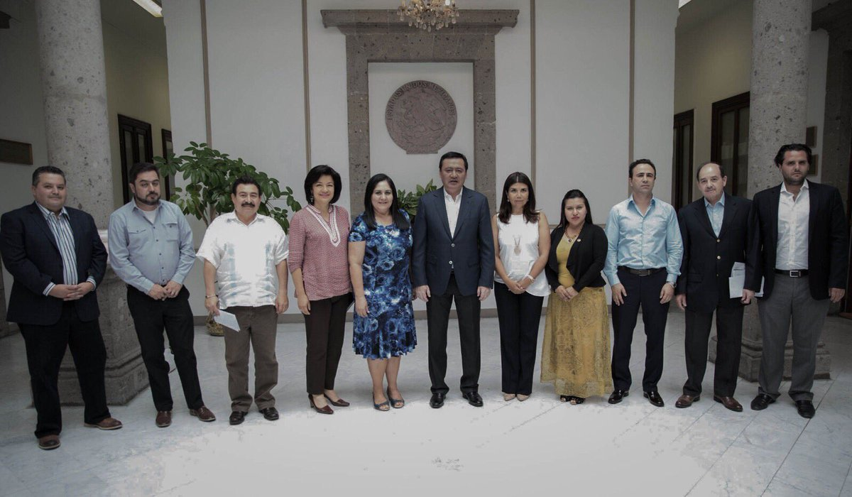 Osorio Chong analiza con legisladores seguridad para comicios
