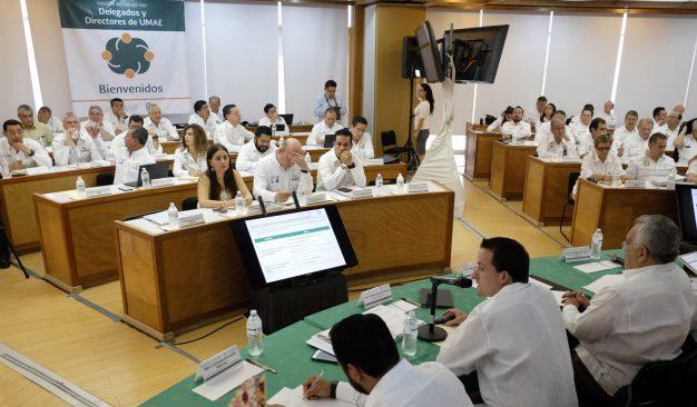 Revisan avances y retos de los programas para mejorar la atención médica en el IMSS