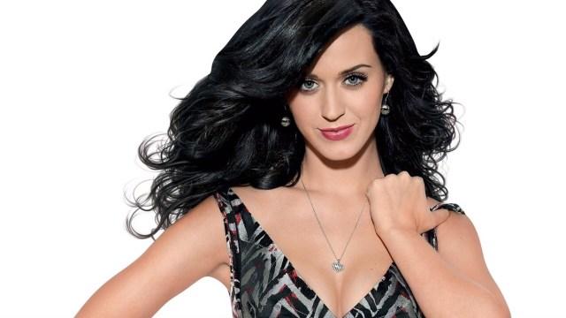 Katy Perry luce su espectacular cuerpo en Playas mexicanas