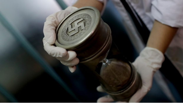 Hallan colección nazi en Argentina