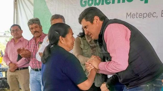 Compromete David López servicios de calidad y oportunos en metepec