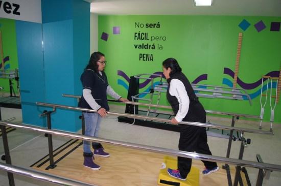 Derechohabientes del ISSEMyM cuentan con Clínica de Rehabilitación Física Integral