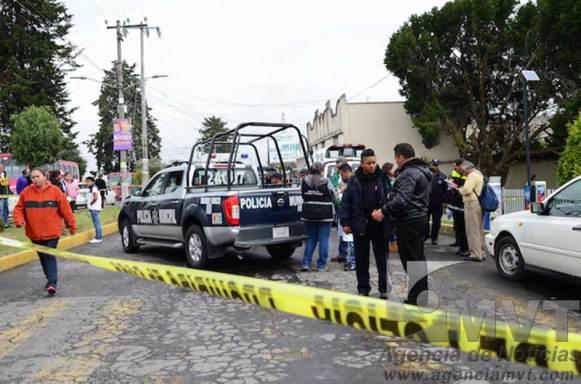 Golpean y roban auto a una mujer en Zinacantepec