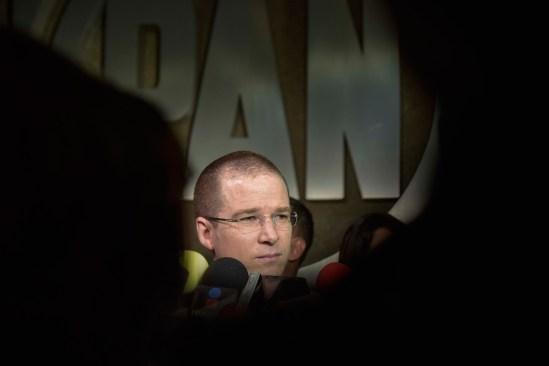 Peña debe tener bajo la lupa a criminales, no a periodistas y activistas: PAN