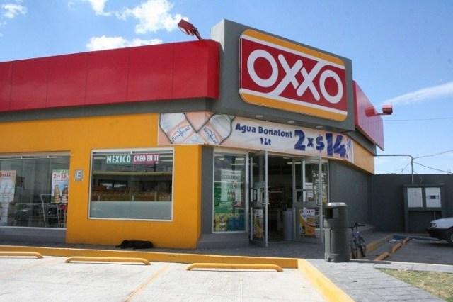 Encargado de Oxxo violó a jovencita en el interior que de la tienda