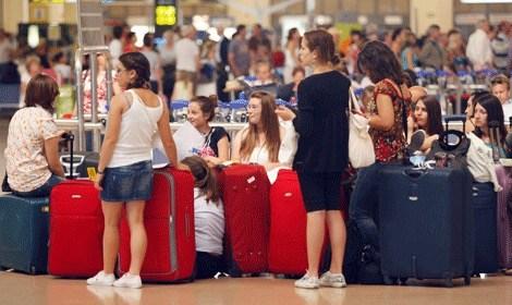 Aerolíneas obligadas a compensar por retraso en vuelos