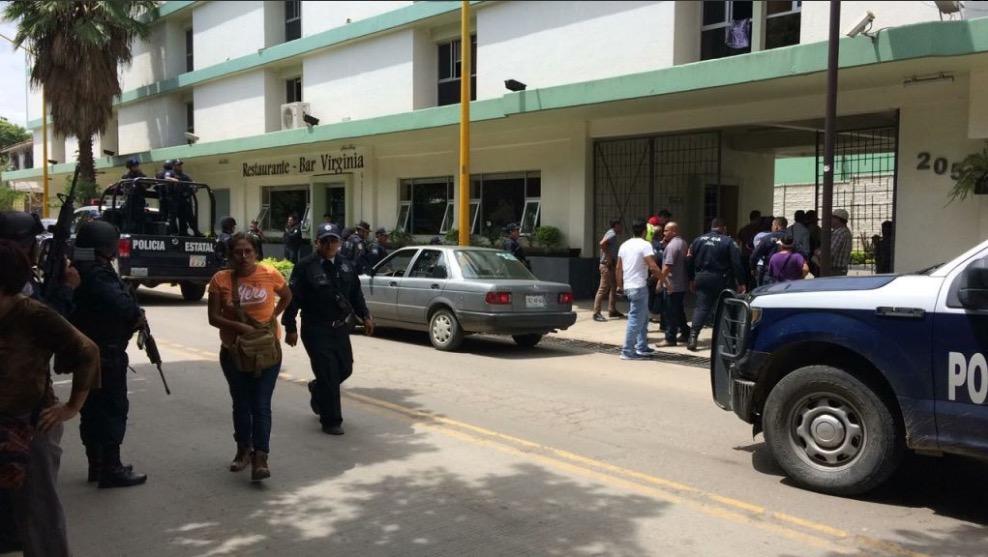 Robo a banco en Oaxaca deja un muerto, capturan a los responsables