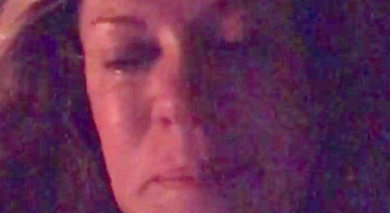 Entre lagrimas Rebecca de Alba suplica por ayuda (video)