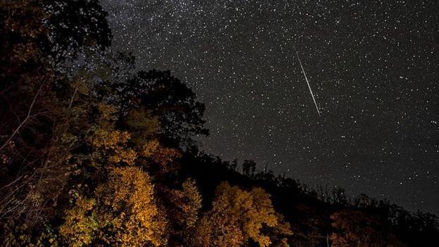 Lluvia de estrellas oriónidas esta noche