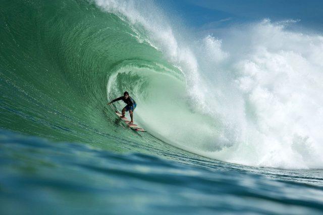 Muere en accidente carretero el surfista Oscar Moncada