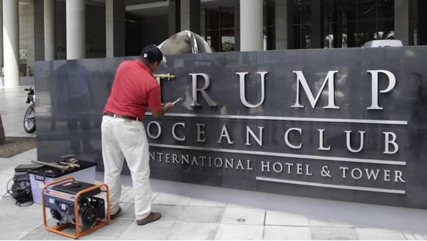 Retiran nombre Trump de hotel en Panamá