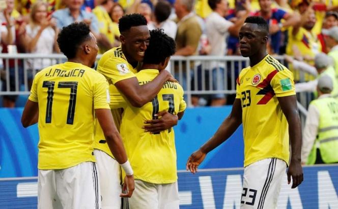 Yerry Mina pone a Colombia en octavos de final