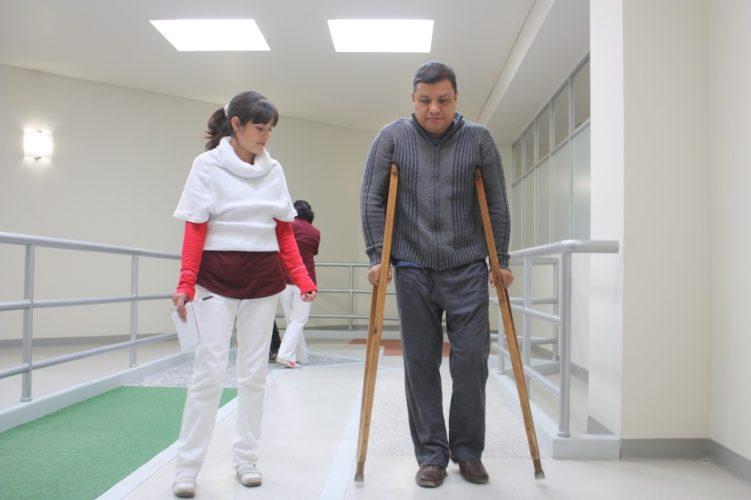 Realiza HGR 251 más de 7 mil sesiones de terapia física y ocupacional al mes
