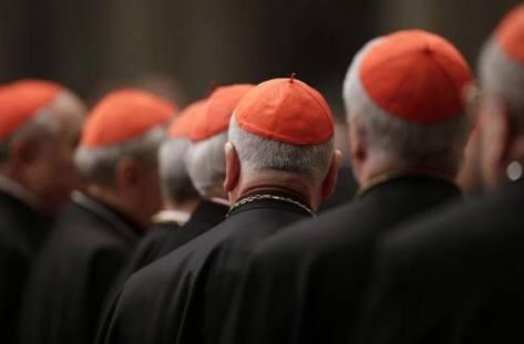 Investigan a 158 obispos por casos de abusos sexuales