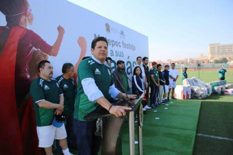 Destaca alcalde de Metepec dedicación y empeño de colaboradores en el ayuntamiento