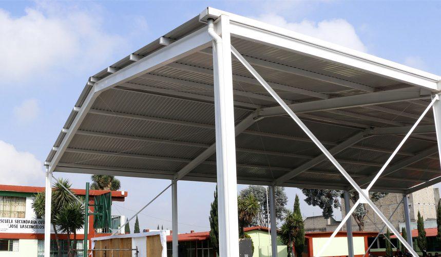 Gobierno municipal entrega techumbre a la  Secundaria Of. No. 323 de  San Lorenzo Tepaltitlán