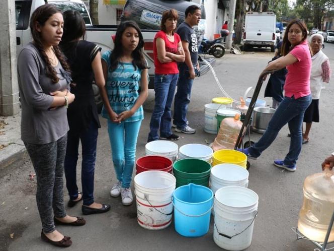 Suspenderán en CDMX clases a partir del 31 de octubre por falta de agua