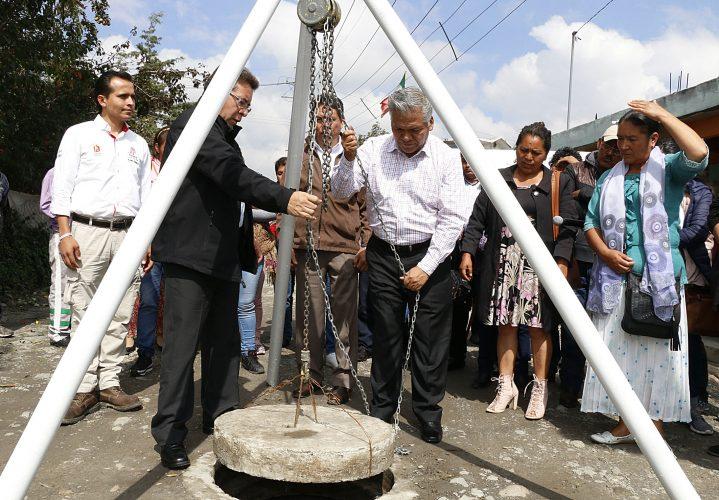 Entregan obra de drenaje sanitario en Tlachaloya Segunda Sección
