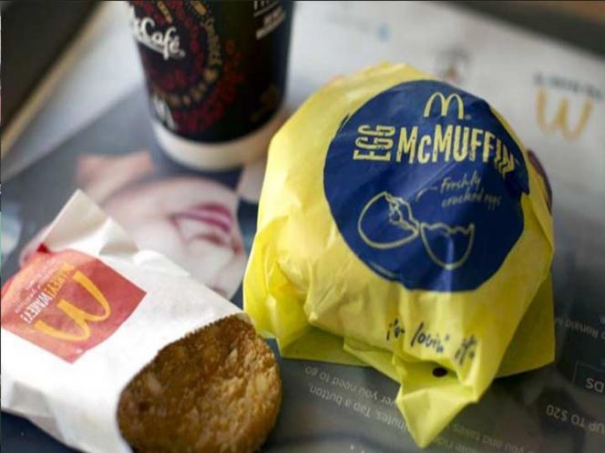 Encuentran pedazos de dientes en hamburguesas de McDonald's