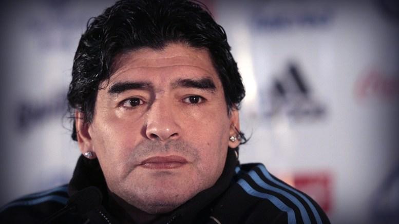 Maradona deja el hospital; será operado la próxima semana