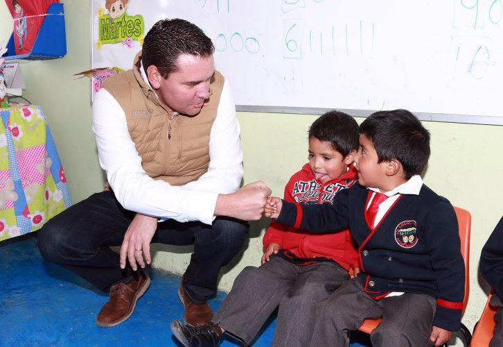 Refrenda Secretaría De Educación compromiso del GEM para rehabilitar y equipar escuelas de educación básica