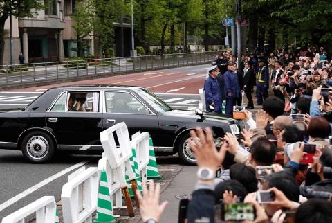 akihito-emperador-japon-abdicacion3042019nota4.jpg