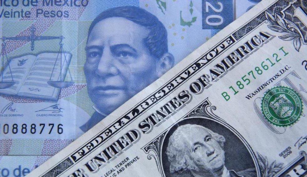 Baja el dólar; se vende por debajo de los $20
