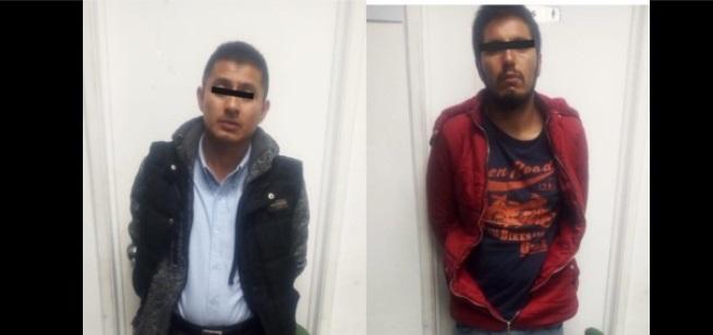 Agarran a presuntos responsables de robo de vehículo en Toluca