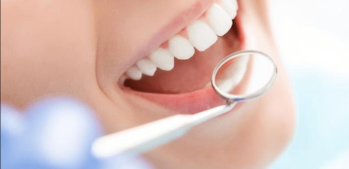 Alientan a estudiantes de odontología a usar nuevas tecnologías