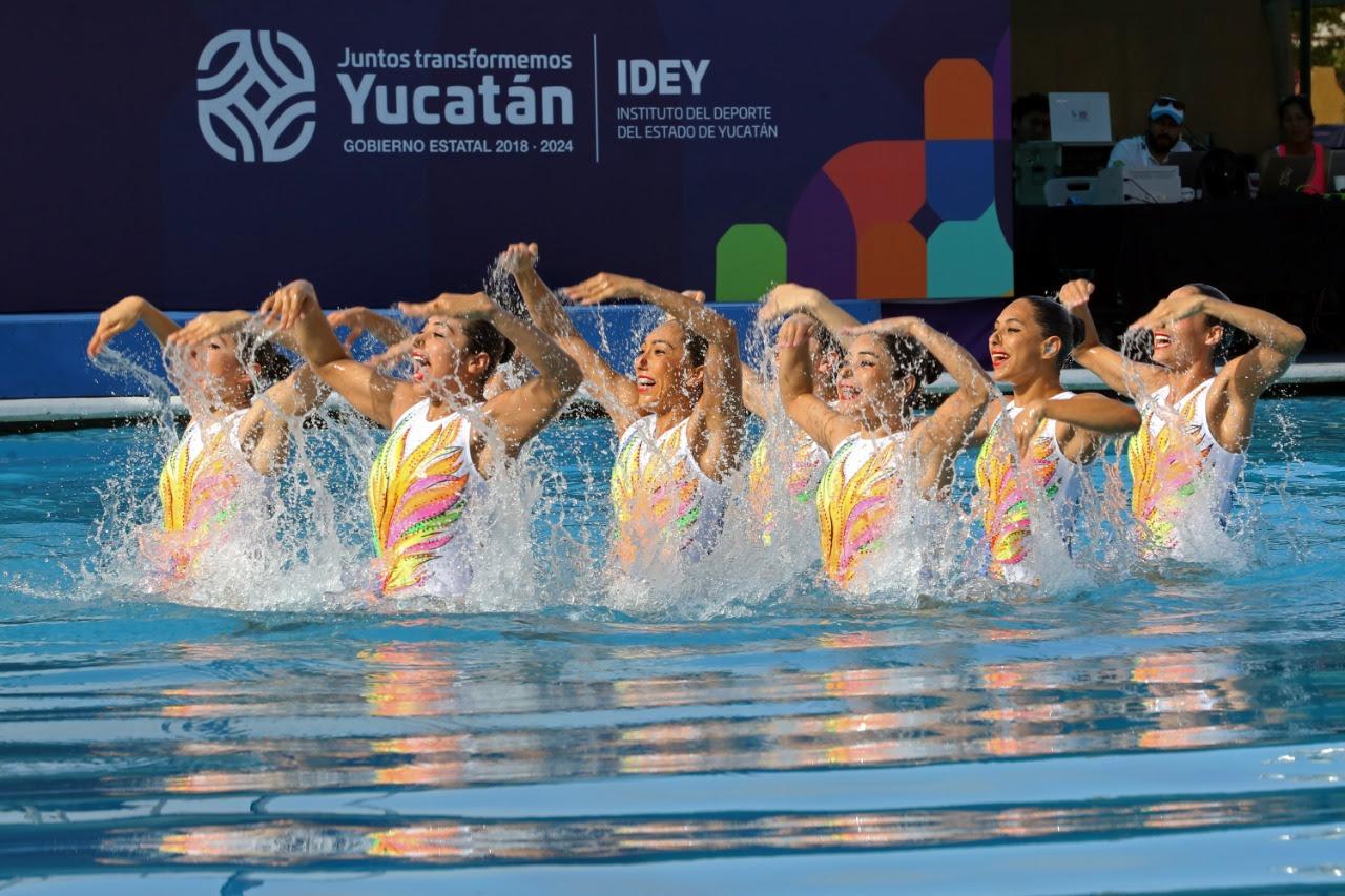 Motivan nadadoras artísticas mexiquenses a competidoras de la Olimpiada Nacional y Nacional Juvenil