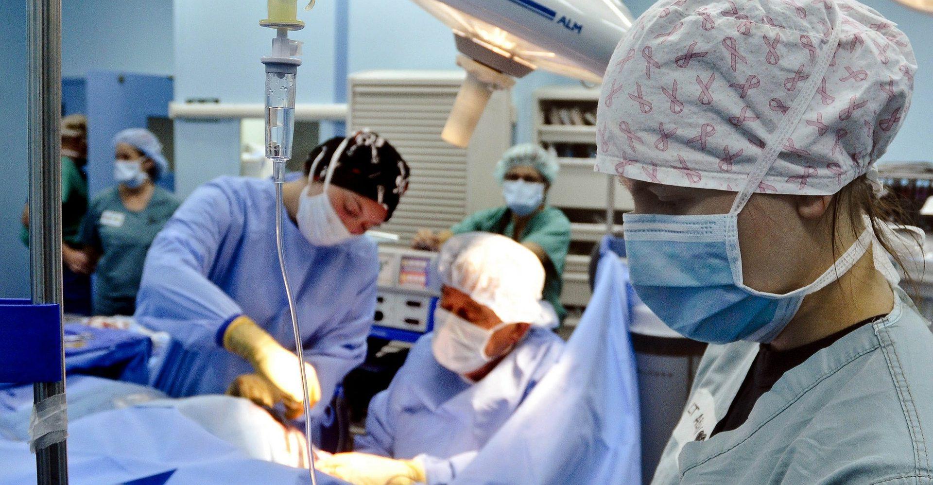 Enfermos terminales podrían tener una muerte digna si se aprueba legislación