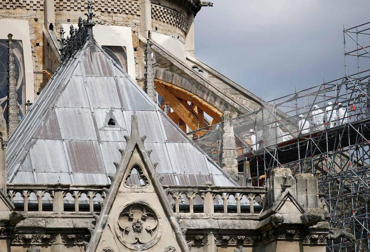 Reanudan obras de reconstrucción de Notre Dame