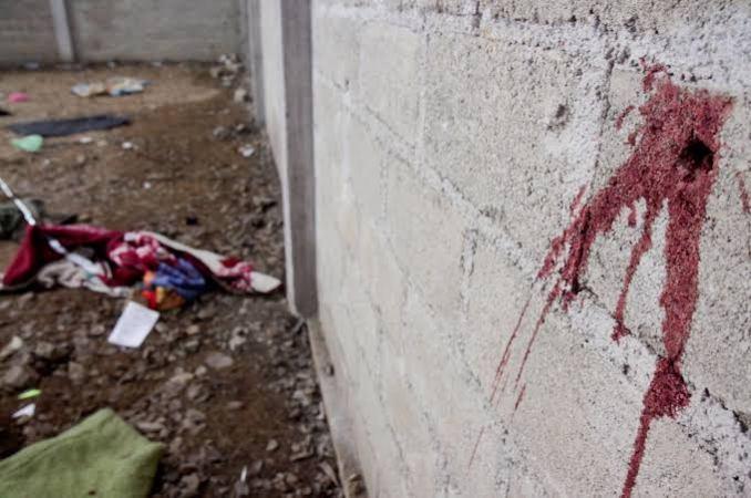 Un Tribunal federal ordenó la reaprehensión de los siete militares presuntamente implicados en la matanza de 22 personas en Tlatlaya, ocurrida el 30 de junio de 2014, en el Estado de México.