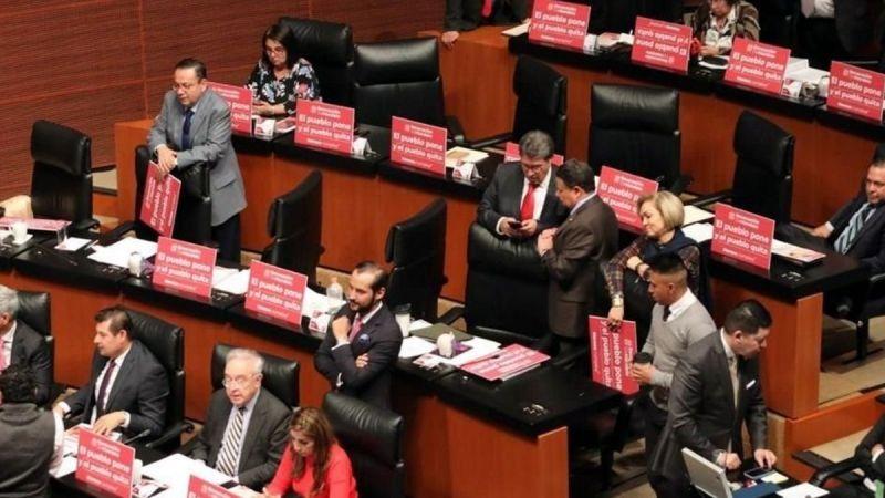 El Senado de la República avaló en lo general el dictamen con 98 a favor, una abstención y 22 en contra, el dictamen sobre consulta popular y revocación de mandato.