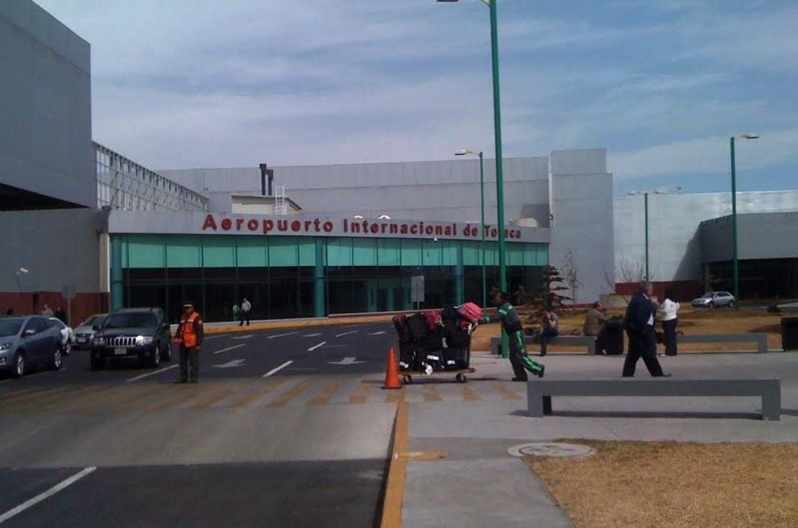 Ladrones intentaron robar un cajero automático en el aeropuerto de Toluca